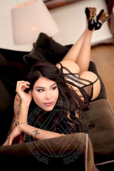 Laura Italiana  ROMA 3281295155