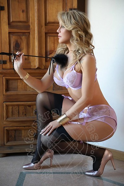 Giselly  Bella COLLE DI VAL D'ELSA 3311730322